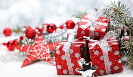 Gift-Giving-in-Christmas-